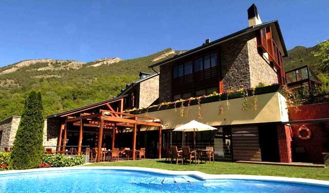 05-hotel-pirineo-catalan-spa-riberies-llavorsi-lleida
