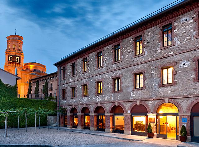 Hospedería de Alesves, en Villafranca, Navarra