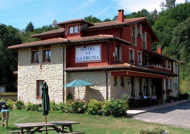 AST-6-hotel-la-ercina-cangas-de-onis