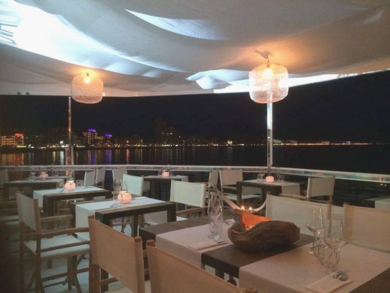 restaurante muva beach peñiscola