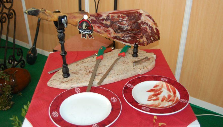 "Hoy comienza en Villanueva de Córdoba la ""XVII Feria del jamón Ibérico de Bellota"""