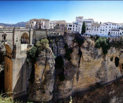 Aumenta un 5% el turismo estos días en Málaga - turismo-alojamiento-rural