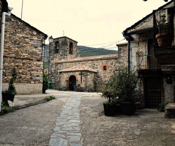 "Castilla- La Mancha potencia el turismo e inaugura la vía Ferrata ""Boca del Infierno"""